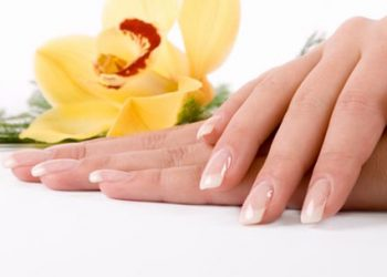 Manicurist School in the Antelope Valley